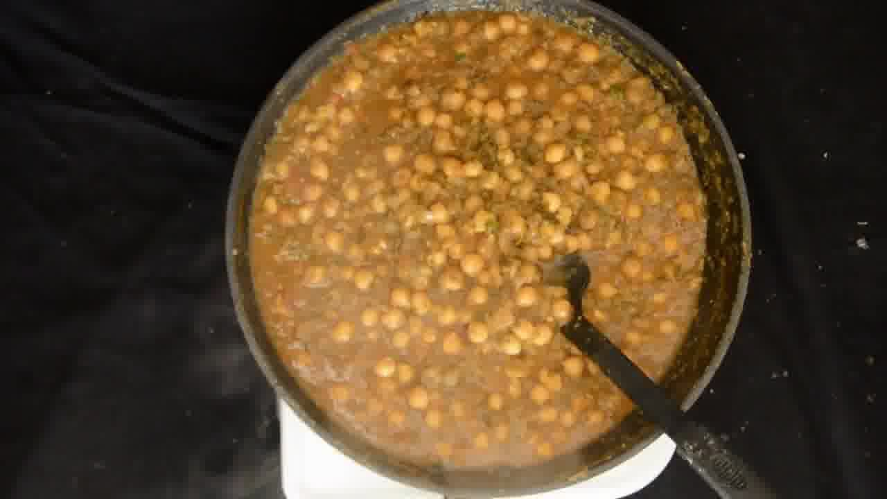 Image of the cooking step-1-7 for Mint Chickpea Cornmeal Tart - Pudina Chola (Zero Oil)