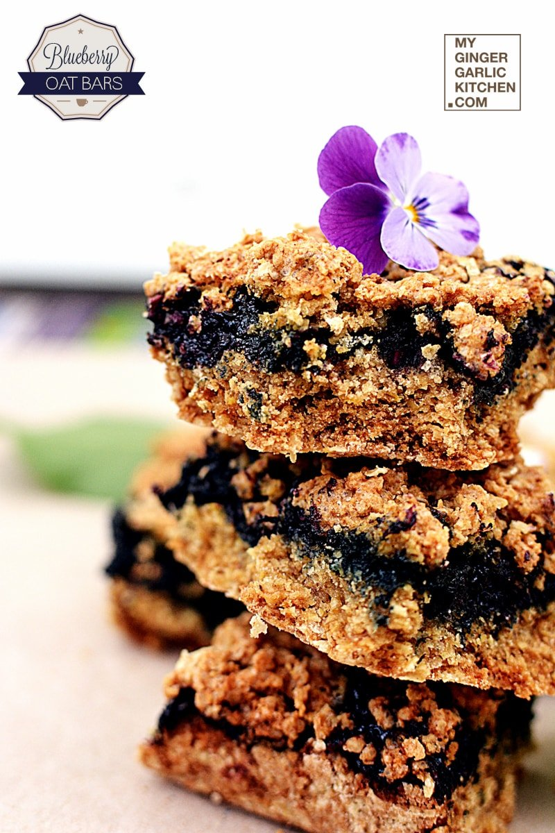 Image of Blueberry Oatmeal Breakfast Crumble Bars