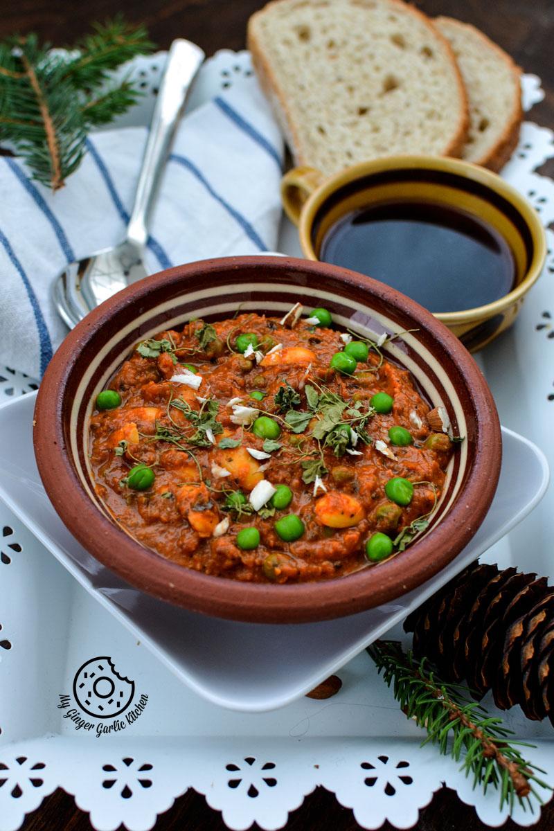 recipe-almond-peas-curry-anupama-paliwal-my-ginger-garlic-kitchen-3   https://www.mygingergarlickitchen.com/ @anupama_dreams