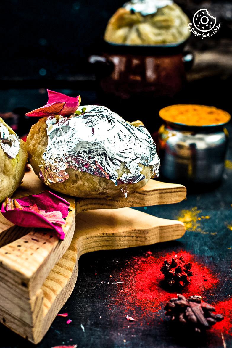 recipe-khoya-puffs-cutting-edge-gujhiya-anupama-paliwal-my-ginger-garlic-kitchen-5
