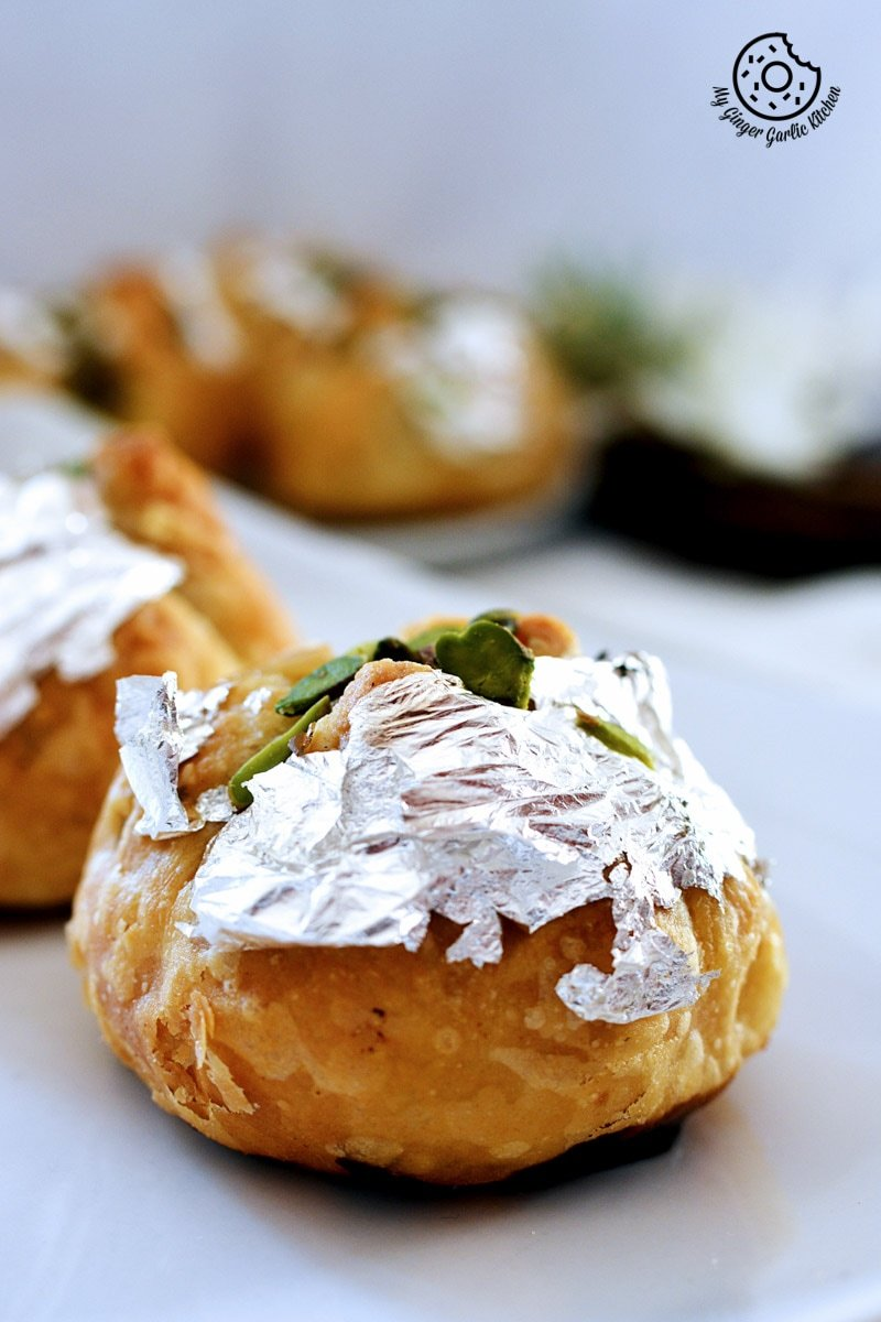 recipe-khoya-puffs-cutting-edge-gujhiya-anupama-paliwal-my-ginger-garlic-kitchen-17