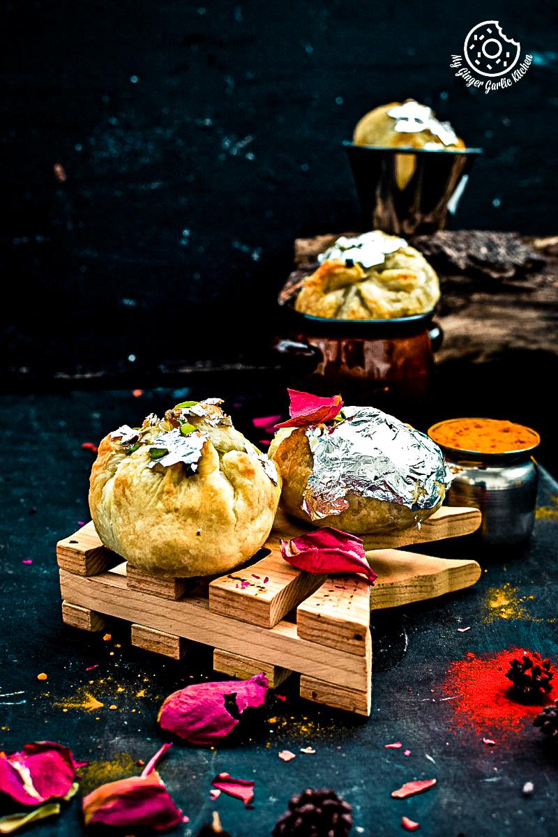 recipe-khoya-puffs-cutting-edge-gujhiya-anupama-paliwal-my-ginger-garlic-kitchen-3