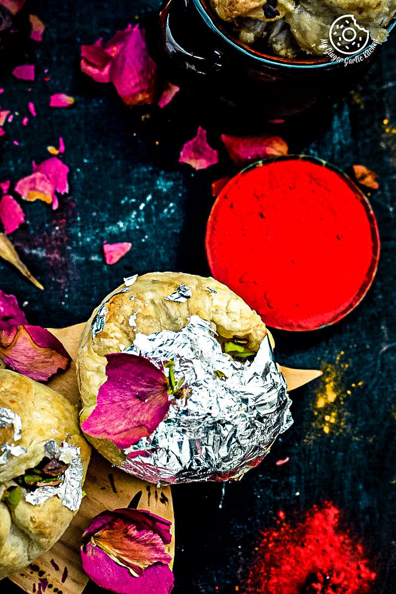 recipe-khoya-puffs-cutting-edge-gujhiya-anupama-paliwal-my-ginger-garlic-kitchen-9