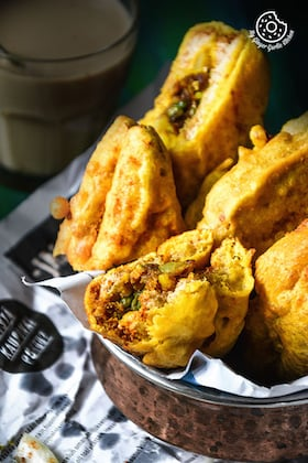 Image of Bread Pakora Recipe - Potato Stuffed Bread Pakora
