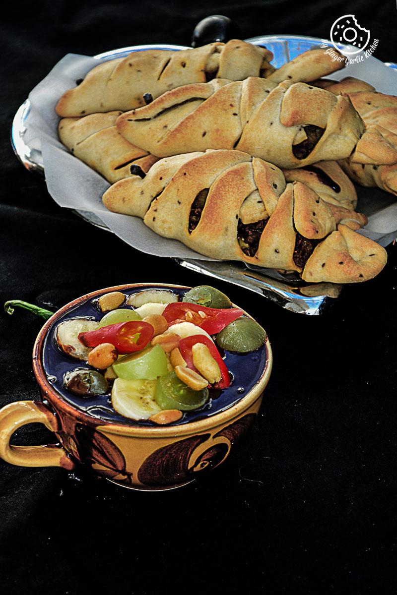 recipe-Baked-Samosa-With-Chocolate-Tamarind-Chuntey|mygingergarlickitchen.com/ @anupama_dreams