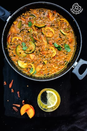 Image of Black Eyed Bean Zucchini Peach Curry
