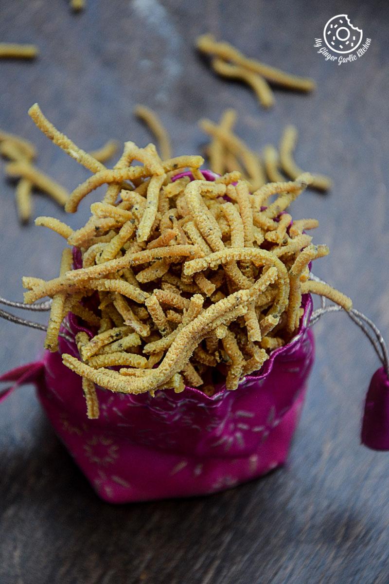 recipes-Lehsuni-Sev-Garlicky-Chickpea-Noodles mygingergarlickitchen.com/ @anupama_dreams