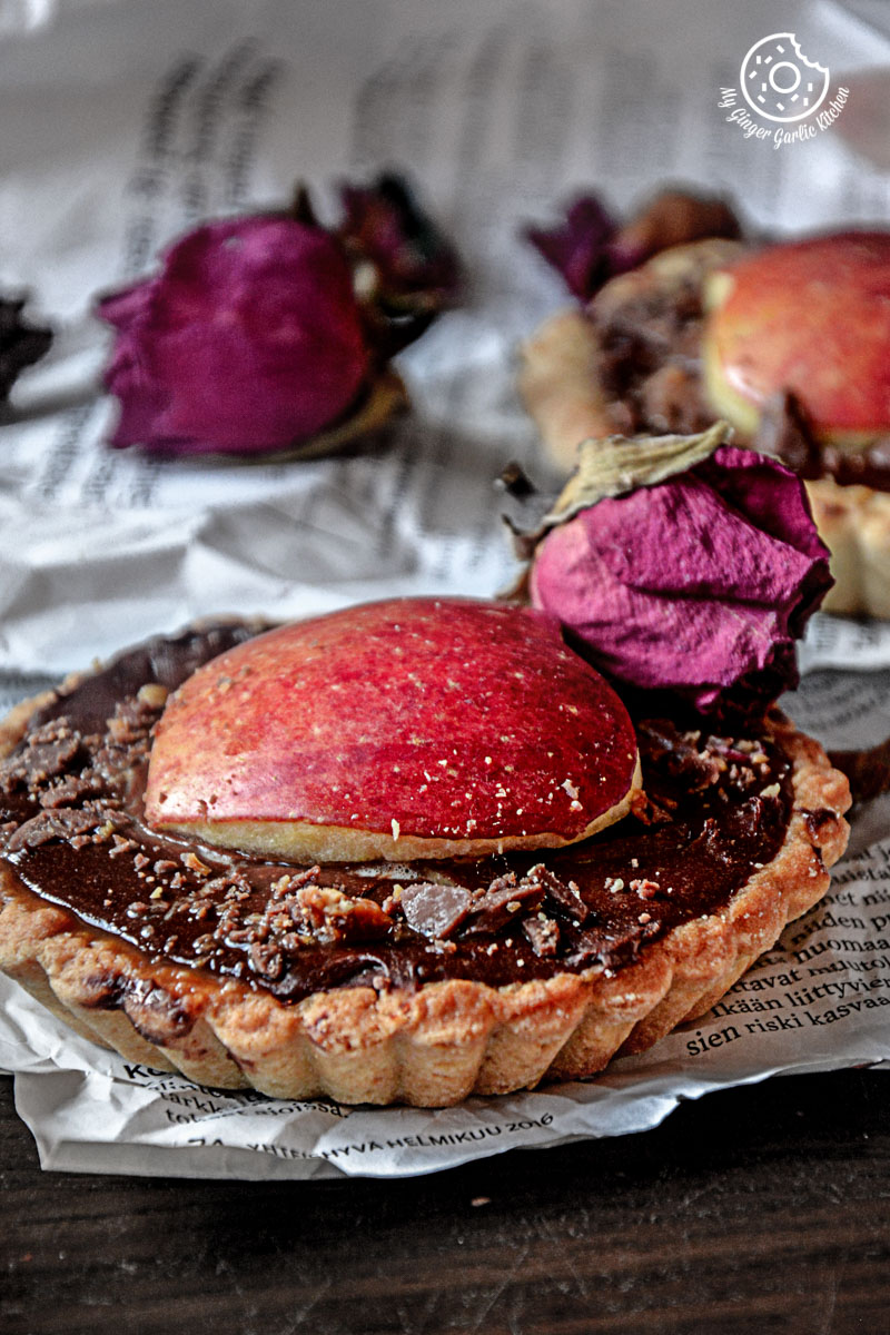 recipes-snickers-chocolate-mini-tart|mygingergarlickitchen.com/ @anupama_dreams