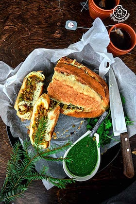 Image of Samosa French Loaf With Coriander Chutney (Video)