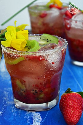 Image of Strawberry Kiwi Sparkling Cooler | Video