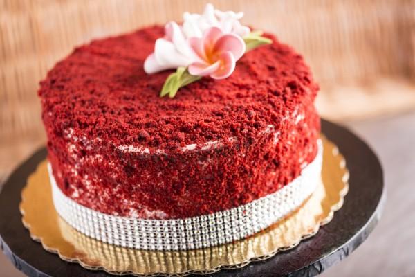 Anniversary Cake-Red Valvet