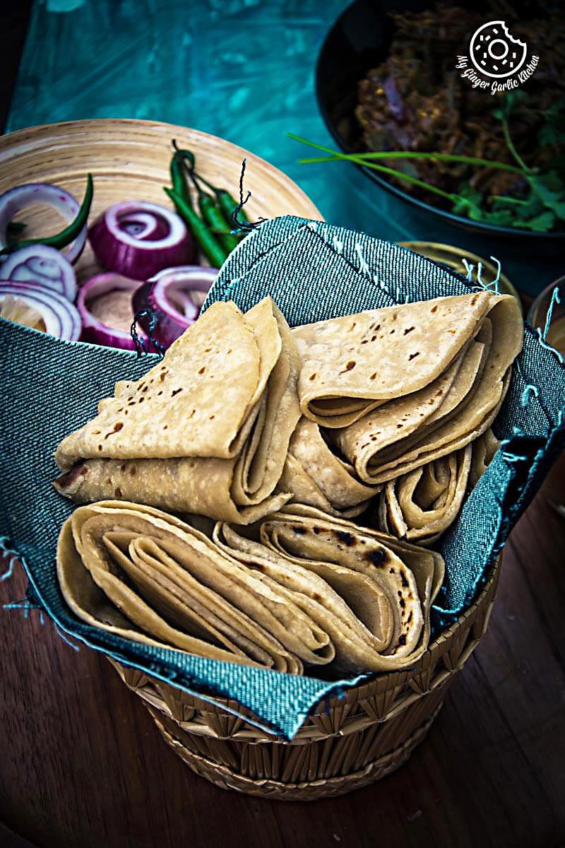 recipes-Achaari-Dahi-Bhindi-With-Duppad-Roti-Pad-Wali-Roti-anupama-paliwal-my-ginger-garlic-kitchen-5