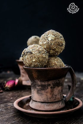 Image of No-Bake Oats and Chia Energy Balls Recipe Video | Energy Bites