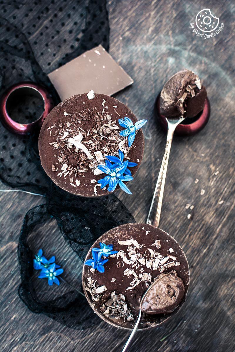 Vegan Chocolate Mousse With Aquafaba | mygingergarlickitchen.com/ @anupama_dreams