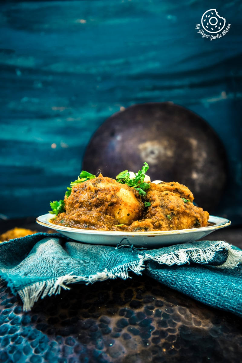 Image of Lehsuni Dum Aloo | Spicy Garlicky Potatoes | Lasaniya Dam Aloo Recipe
