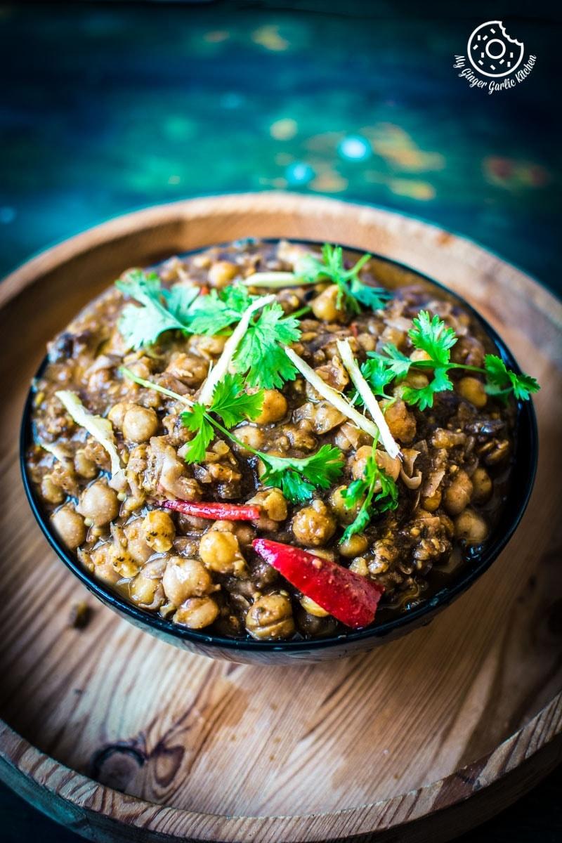 Amritsari chole authentic punjabi chole masala recipe for Authentic punjabi cuisine