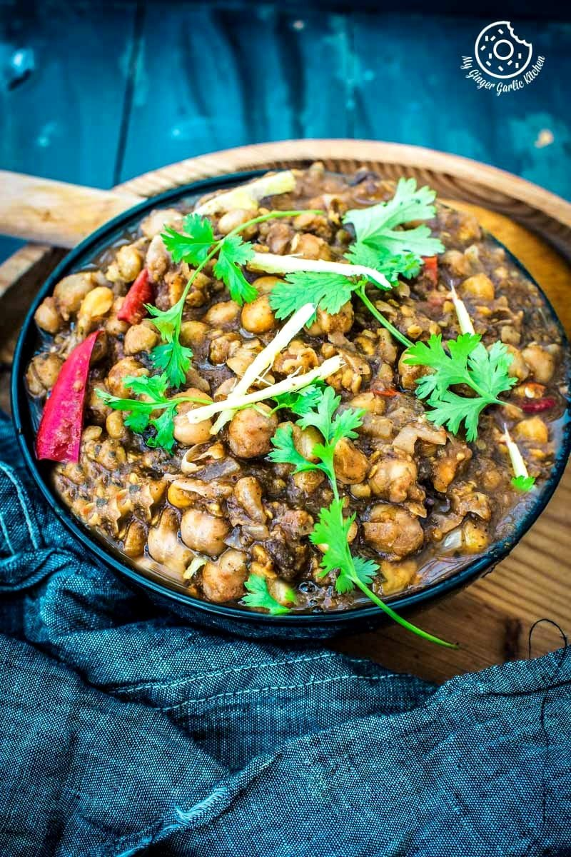 How To Make Authentic Amritsari Chole Masala | mygingergarlickitchen.com/ @anupama_dreams