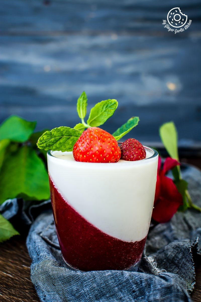 How To Make Strawberry Panna Cotta | mygingergarlickitchen.com/ @anupama_dreams