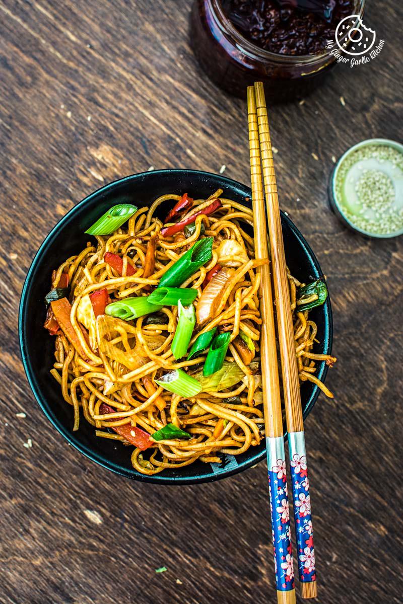 Image - veg chezwan noodles recipe 1