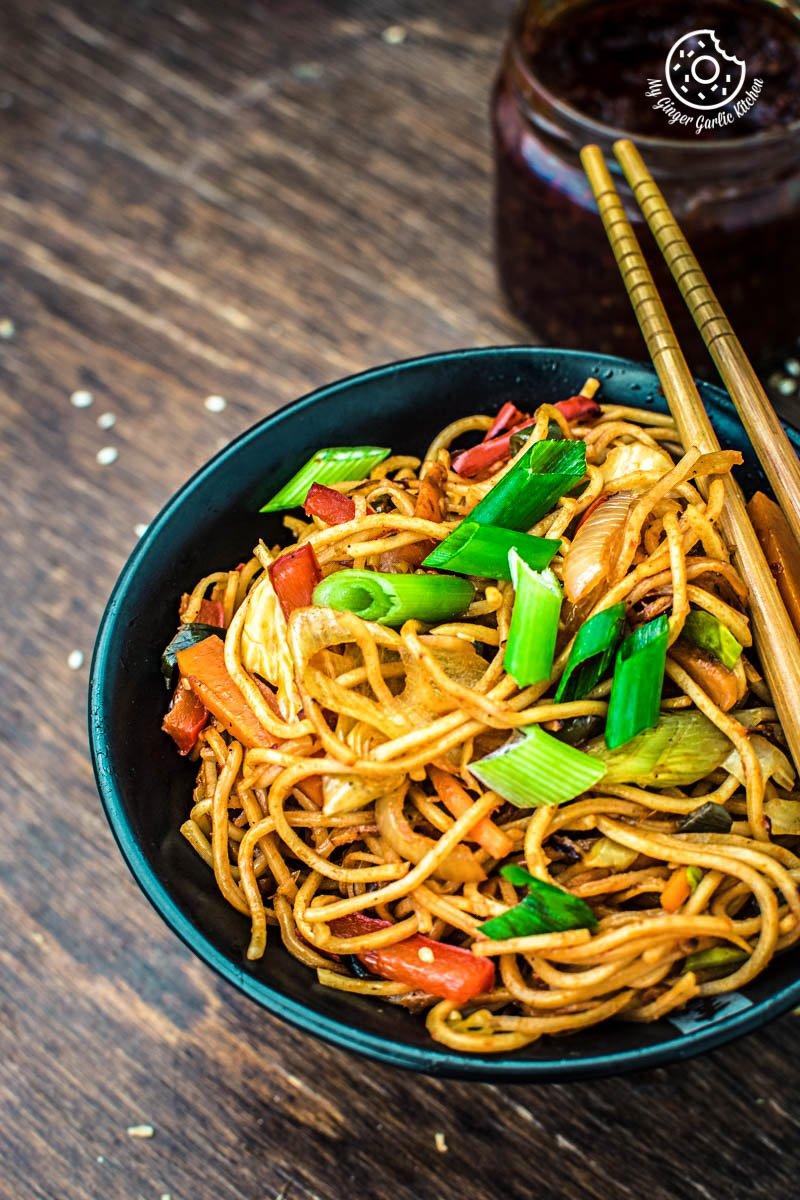 Image - veg chezwan noodles recipe 2