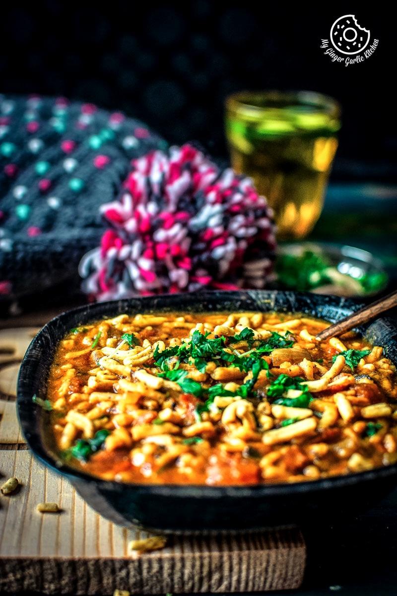 Traditional Rajasthani Sev Tamatar Ki Sabzi Recipe Video | Namkeen Ki Sabji | mygingergarlickitchen.com/ @anupama_dreams