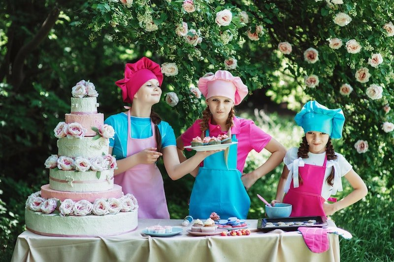 Things To Consider Before Hiring Caterers for Your Children's Party | Crunchy Crispy Chickpeas | mygingergarlickitchen.com/ @anupama_dreams