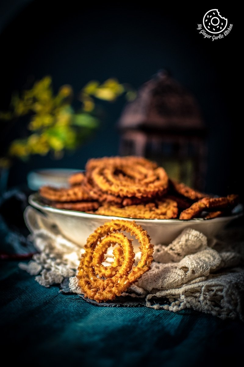 Chakli Recipe - Instant Rice Chakli Recipe (Fried + Baked) | mygingergarlickitchen.com/ @anupama_dreams