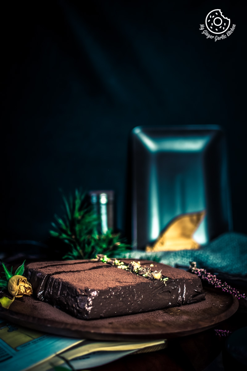 Image of Eggless Chocolate Mousse Cake Recipe - No Bake