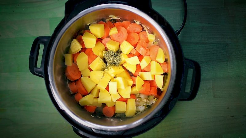 the-best-things-to-cook-in-instant-pots-2.jpg