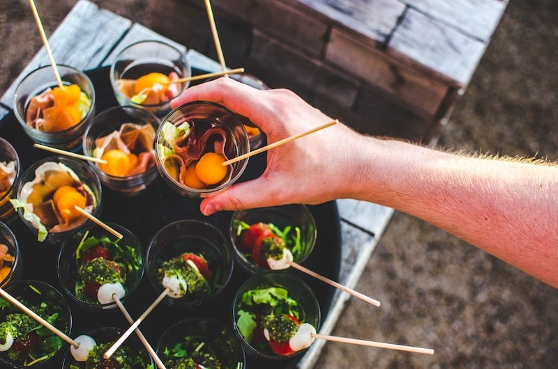 benefits-of-hiring-a-catering-sydney-service-for-your-event-2.jpg