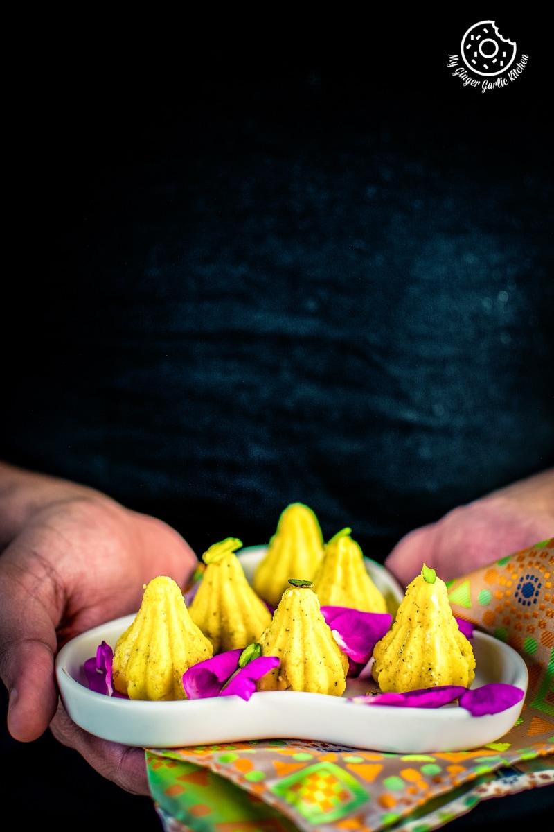 mawa-modak-recipe-my-ginger-garlic-kitchen-4.jpg