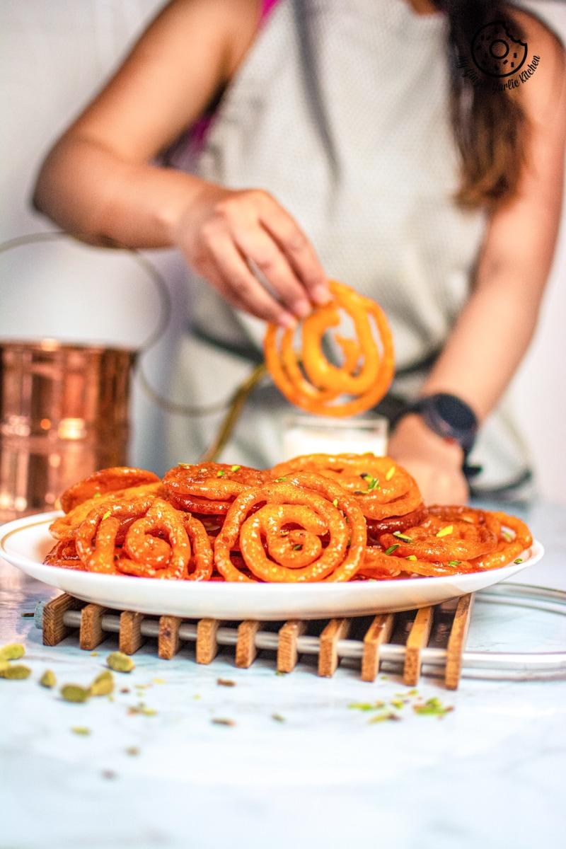 instant-jalebi-recipe-my-ginger-garlic-kitchen-3.jpg