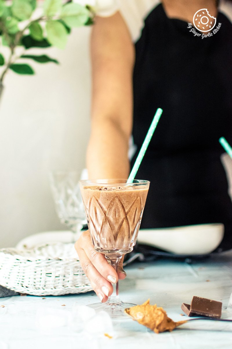 easy chocolate peanut butter banana smoothie