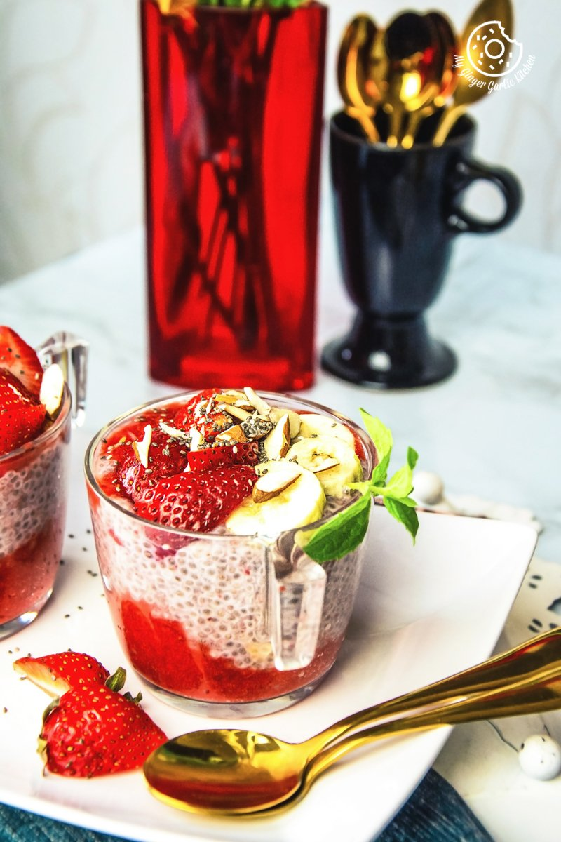 easy strawberry chia pudding recipe