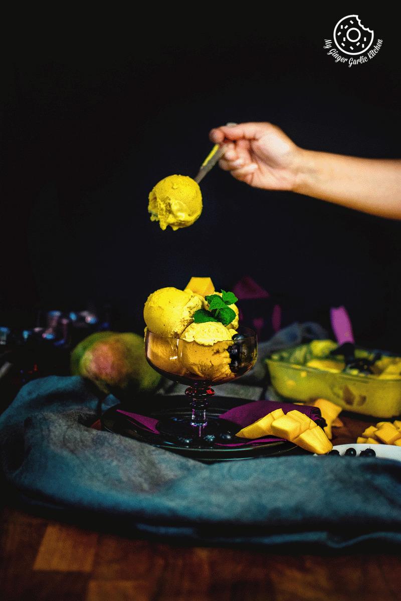 frozen mango yogurt image
