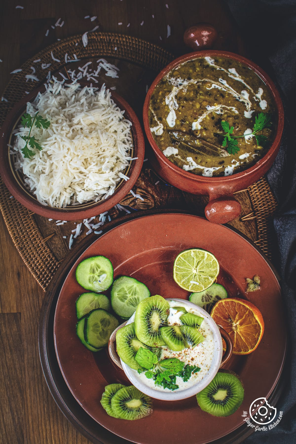 closeup up shot of kiwi raita served in a brown and white dish